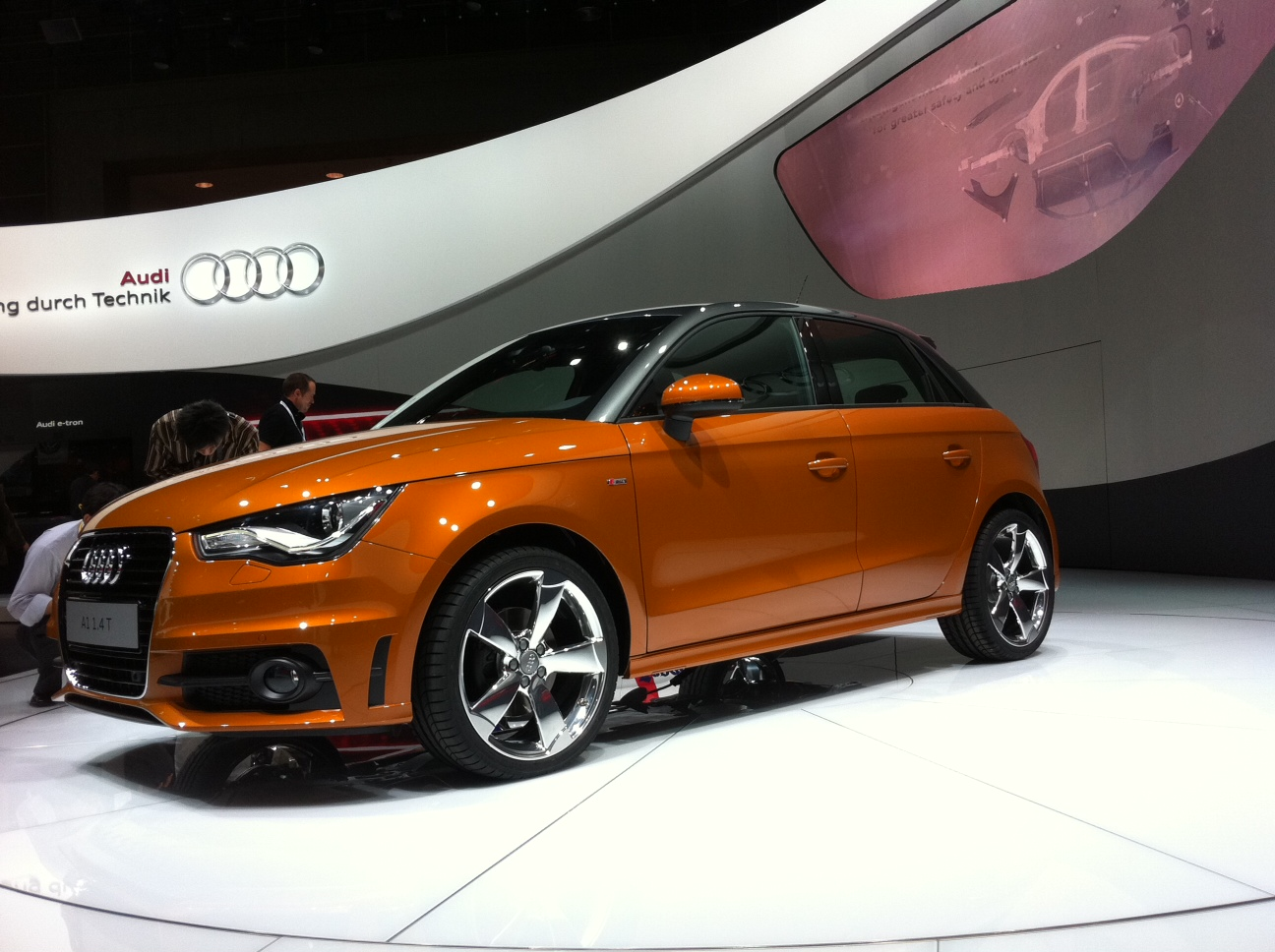 audi a1 sportback noticias sobre ruedas. Black Bedroom Furniture Sets. Home Design Ideas
