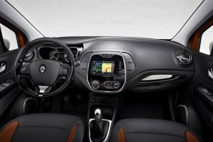 Renault-Captur-c-(Large)