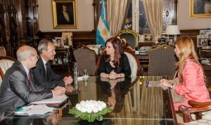 Anuncio Inversiones Ford Argentina-
